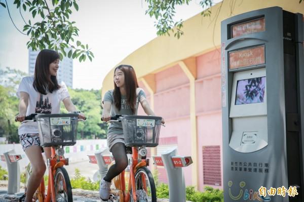 新竹市YouBike再新增2個站點,包括大庄國小和動物園等站點,整個竹市已達57個站,1325輛車,提供市民及遊客更多方便性。(記者洪美秀攝)