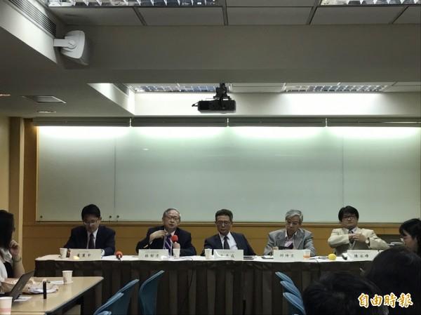 中華民國國際關係學會13日舉辦「川金會」後東北亞情勢座談會。(記者蘇芳禾攝)