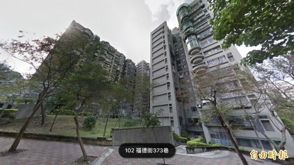 3房交易第二名的南港花園社區,位置則靠近台北市的信義區,屬於單純的住宅環境,常見在東區或信義區上班的民眾到此購屋,社區的平均單價每坪約42.6萬元。(翻攝自Google地圖)