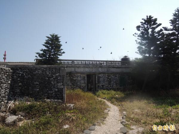 東吉島現在有二十一戶,停電會造成生活不便。(記者劉禹慶攝)