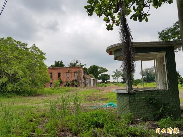 鹽水岸內糖廠舊址計畫發展影視園區,除希望未來結合科技營造VR體驗主題園區,也打造園區成為復甦溪北的啟動基地。(記者王涵平攝)