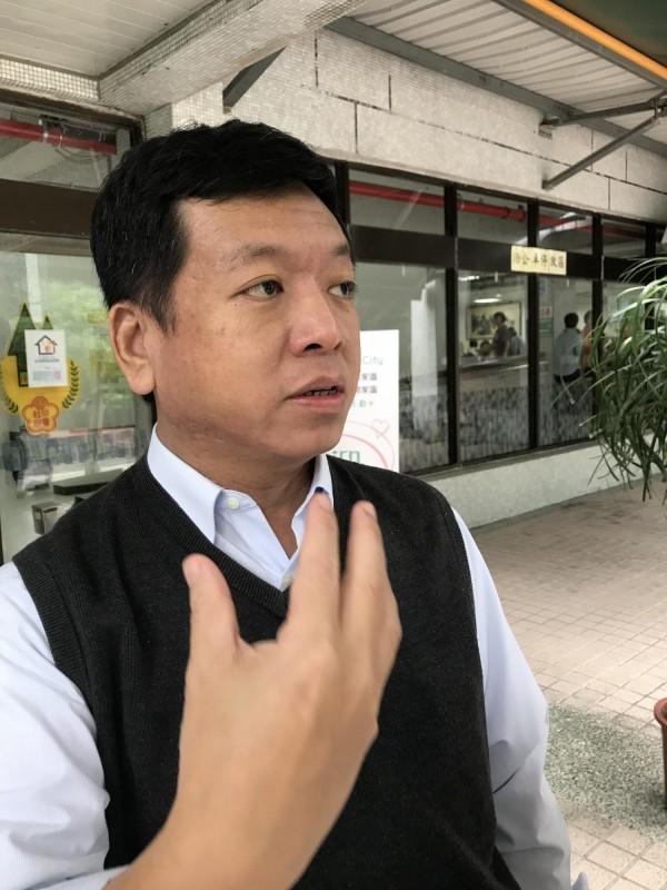 台北市长柯文哲子弟兵、台北市社会局长许立民至今年7月底借调期满,将回台大医院述职。(记者沈佩瑶摄)