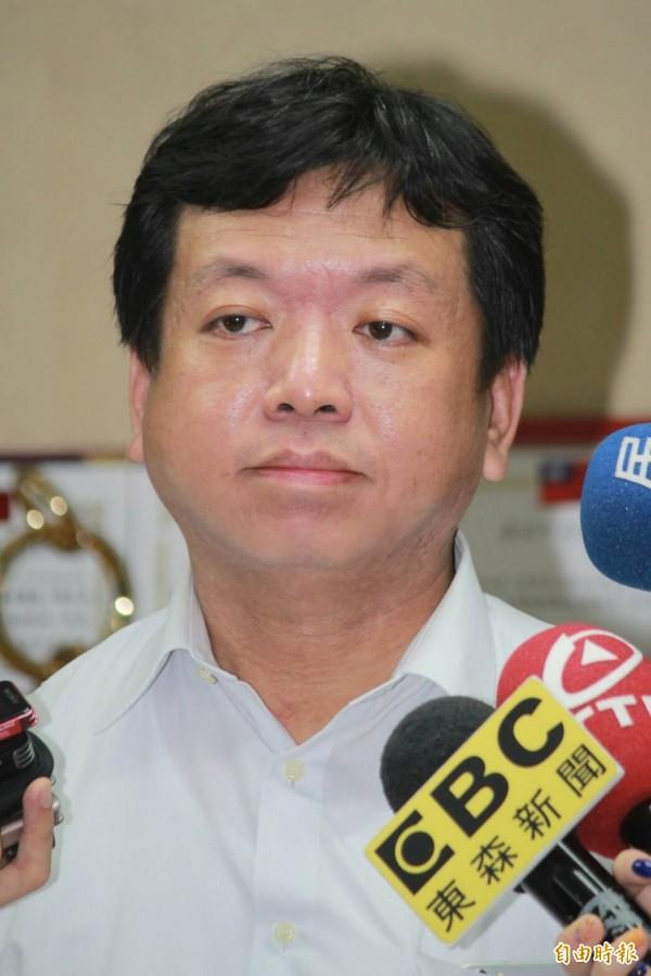 台北市长柯文哲子弟兵、社会局长许立民七月底借调期满,将回台大医院述职。(记者沈佩瑶摄)