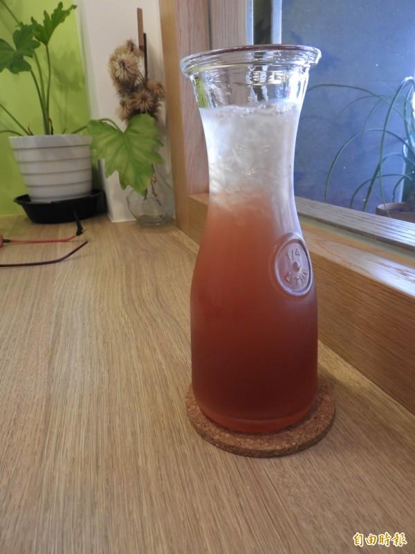 老爹橄欖茶,夏暑聖品。(記者洪瑞琴攝)