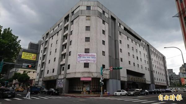 黨產會在黨史資料發現,一筆5千萬元勞軍捐,用來興建台北國軍英雄館,軍友社佔用國有建物卻未付租金。圖為台北國軍英雄館。(記者陳鈺馥攝)