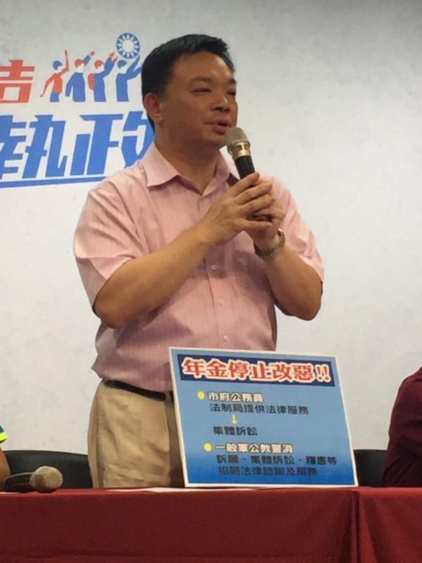 高思博阵营表示,高思博过去10年对台南又用心及投入。(高思博办公室提供)