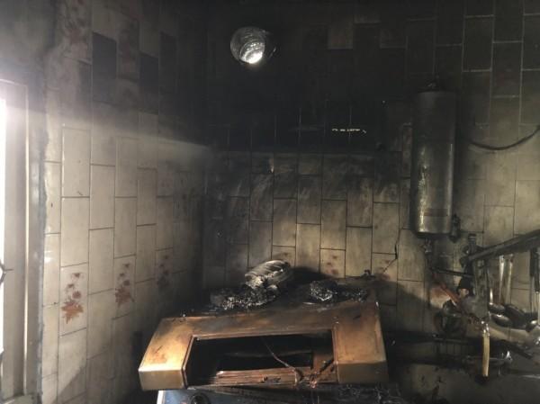 嘉義縣布袋鎮發生火警。(記者林宜樟翻攝)