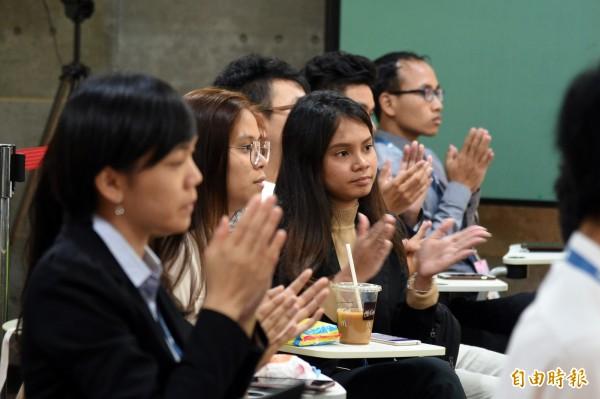 教育部青年發展署王育群副署長表示,青年創業交流營隊結束之後,大家都可以與在營隊中的夥伴保持聯繫,也歡迎各國學生未來能在臺灣進修、就業、創業。(記者張忠義攝)