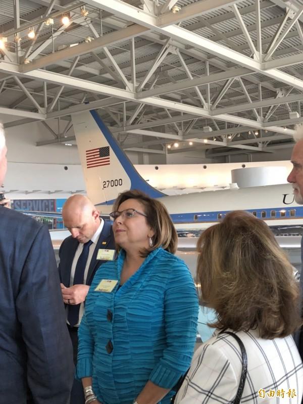 美國新墨西哥州長馬婷妮陪同蔡總統參觀雷根圖書館。(特派記者蘇永耀攝)