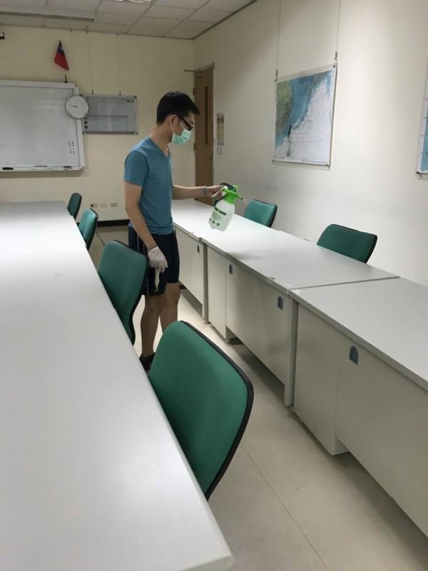 國防大學已依規定消毒校內環境。(桃市衛生局提供)