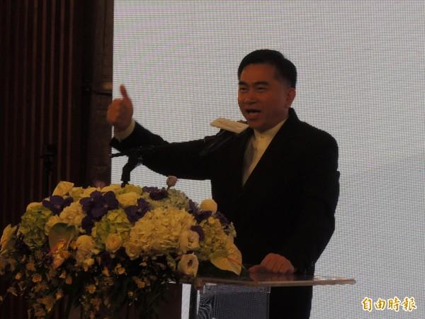 台郡董事長鄭明智豪邁指出,要為台灣在科技產業領域上再搶下一個全球第一。(記者王榮祥攝)
