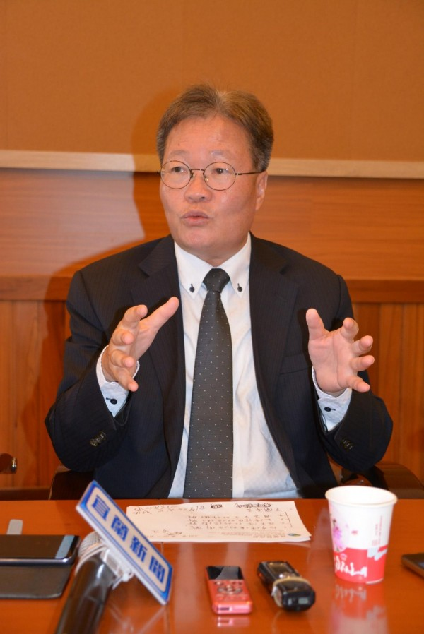 宜兰县代理县长陈金德指控,宜兰县某国民党提名的县议员候选人,经常安排椿脚、选民到中国接受招待。(记者游明金摄)
