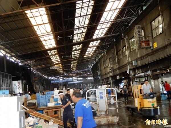 東京築地市場6日吹熄燈號。(記者林翠儀攝)