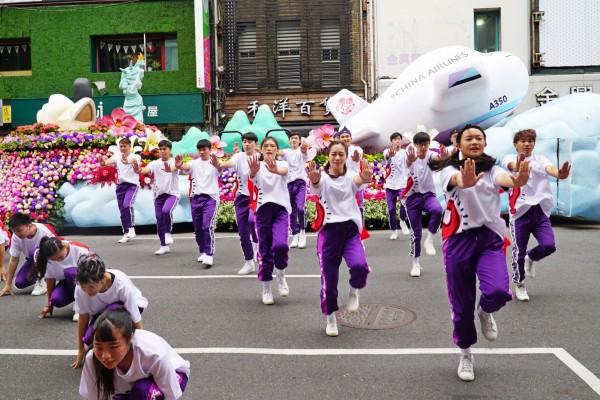 大葉大學DN熱舞社將為華航國慶花車遊行做開場表演。(大葉大學提供)