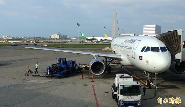 柬埔寨航空暹粒(吳哥)、桃園機場航線今日首航。(記者姚介修攝)