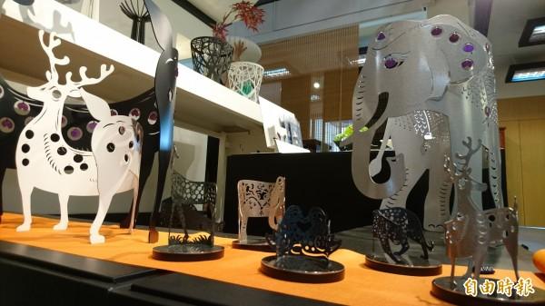 谷同金4大系列作品即日起在永興家具創始店展出。(記者劉婉君攝)