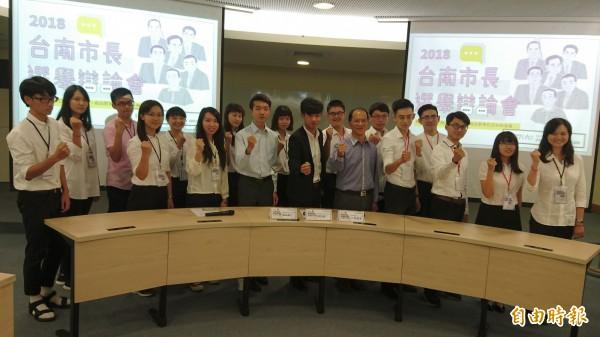 國立成功大學學生會與台南社大等單位合作,將於27日舉辦台南市長選舉辯論會。(記者劉婉君攝)
