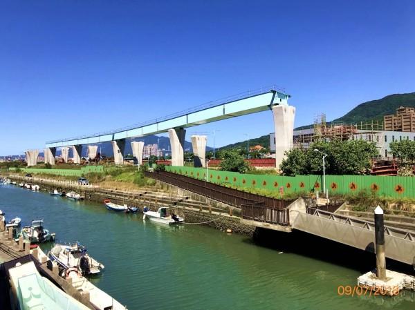 淡江大橋興建經費增加,新北市政府將增加分攤19.21億元。(新北市交通局提供)