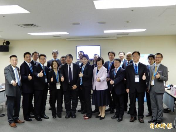 台日再生醫療產官學界代表性人物11日在日本橫濱舉行首次交流會。(記者林翠儀攝)