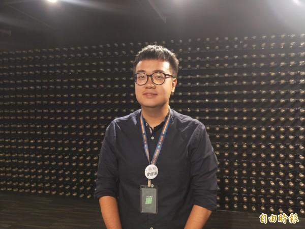 民進黨新北市長參選人蘇貞昌競選辦公室發言人黃韋鈞說,停建深澳電廠是專業問題、專業解決。(記者何玉華攝)