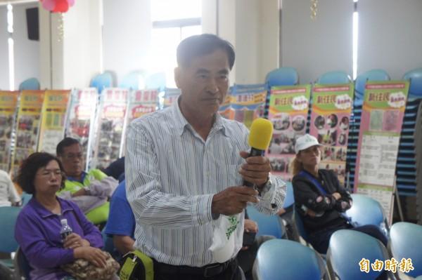 民进党湖西乡长提名人洪添英,论坛中向吴政杰下战帖。(记者刘禹庆摄)