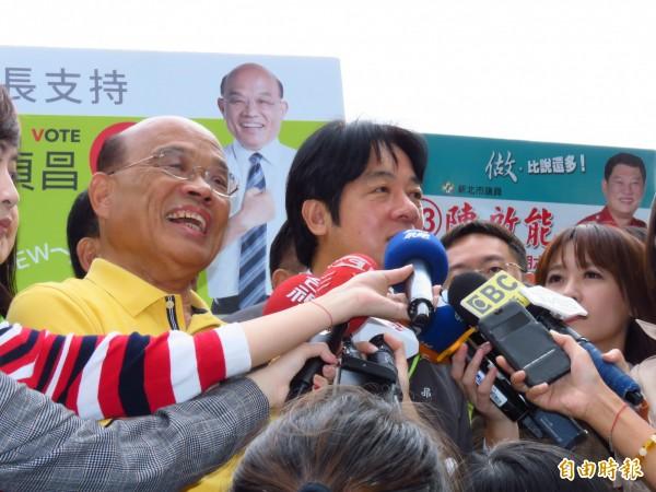 民進黨新北市長候選人蘇貞昌(左)。(記者陳心瑜攝)