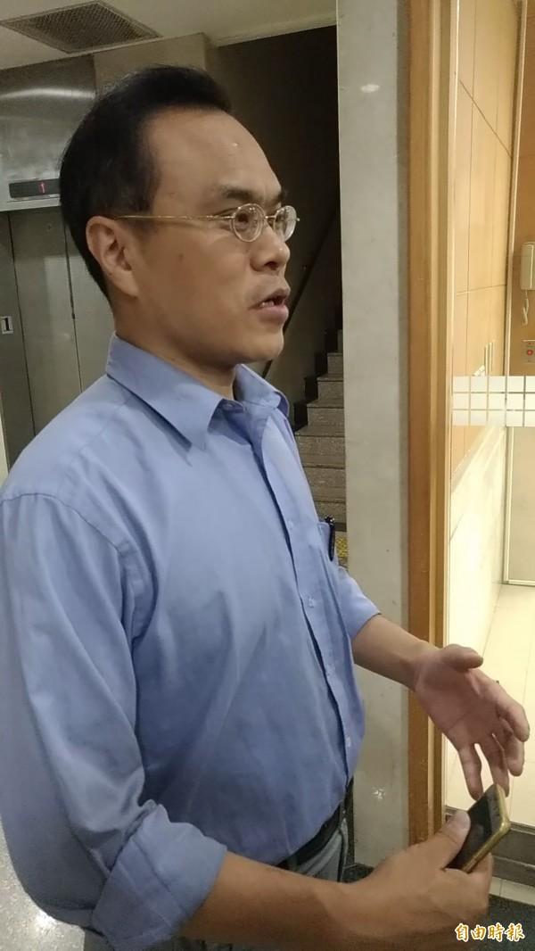 台北地檢署檢察官林達說明案情。(記者吳政峰攝)