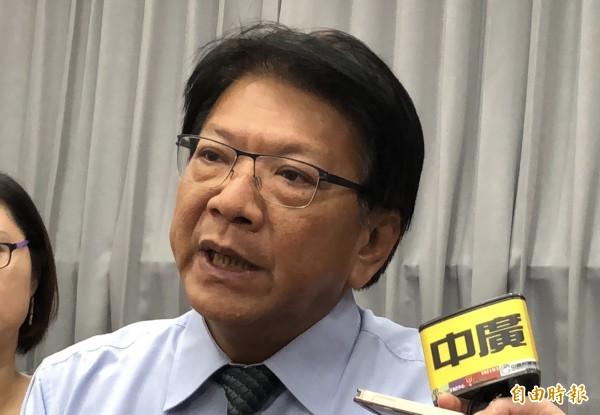 潘孟安說,關於議會選舉,他尊重黨團決議。(記者羅欣貞攝)