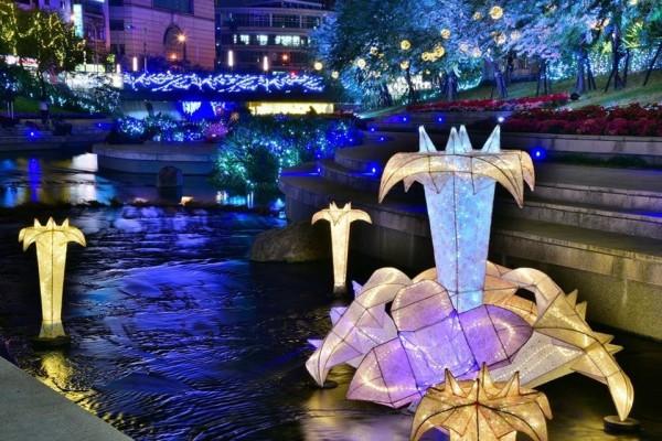 柳川光景藝術,今年與去年大不同。(水利局提供)