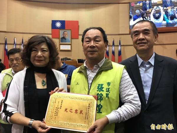 國民黨現任基隆市議長宋瑋莉(左)、副議長蔡旺璉(右)都有意角逐下屆議長寶座。(資料照,記者林欣漢攝)