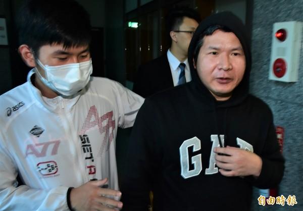 普悠瑪司機尤振仲今到宜蘭地檢署開庭。(記者張議晨攝)