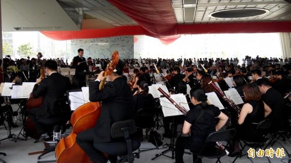 韓國瑜就職典禮預計找高市交響樂團演出,成員抱怨樂譜來不及編寫,恐淪為「那卡西」伴奏。(資料照)