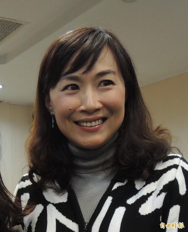 市議員林宜瑾以13票過半數當選南市議會民進黨團總召。(記者蔡文居攝)