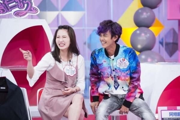 阿翔(右)、謝忻(左)爆發不倫醜聞。(資料照,TVBS提供)