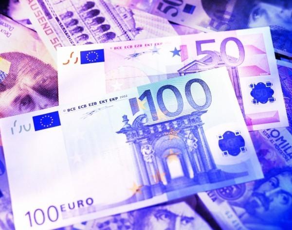刷卡9萬變300萬 竟是銀行把台幣當歐元…