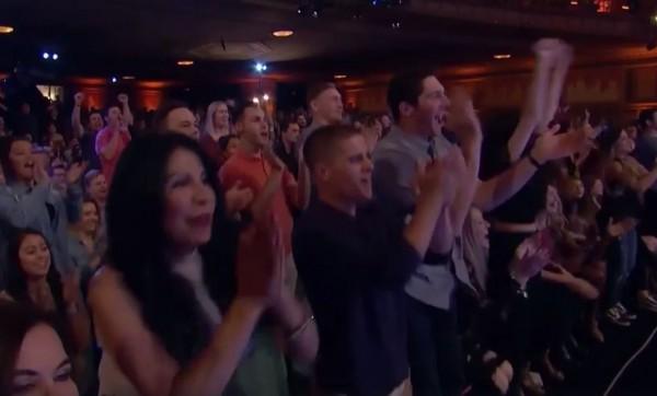 台灣魔術師蔡威澤(Will Tsai)日前參加「美國達人秀」(America's Got Talent)表演驚艷,受到全場起立鼓掌。(圖擷取自臉書)