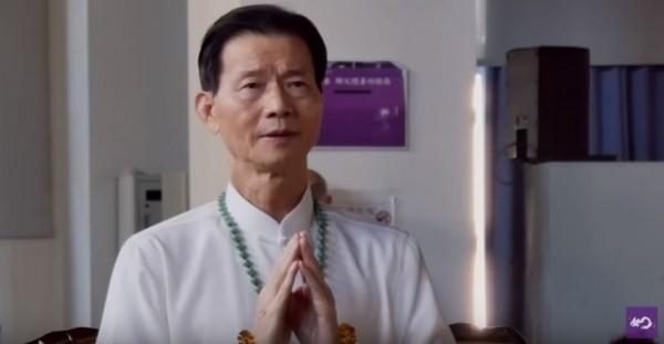 宗教組織「佛教如來宗」創始人妙禪師父,日前遭爆收受信眾募資購買的2輛2000多萬的名車勞斯萊斯,引發各界議論。(資料照,圖取自YouTube)