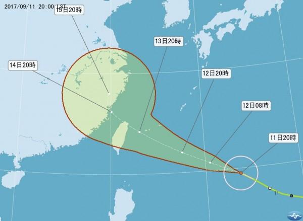 今年第18號颱風「泰利」在稍早增強為中颱,預測路徑也北修。(圖擷取自中央氣象局)