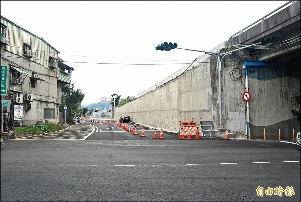 104年2月動工的國道3號新設樹林交流道工程位於佳園路三段與學府路底的交會處,將於106年1月5日下午2點正式啟用。(資料照,記者張安蕎攝)