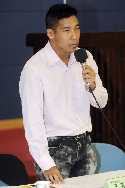 王奕凱昨晚又在臉書上以「連營毀農賣台最新事證」為題爆料。(資料照,記者陳志曲攝)