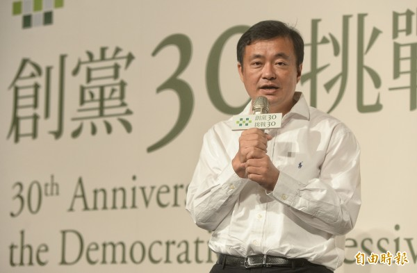 柯文哲欲訪民進黨秘書長洪耀福被拒。(資料照,記者林正坤攝)