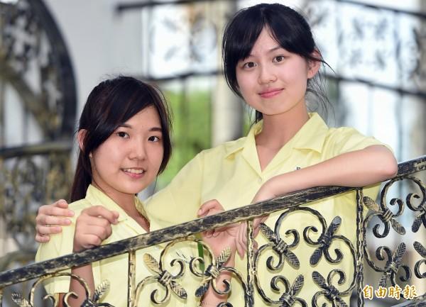 景美女中學生也被稱為「太陽神的女兒」,給人充滿青春活力的自信感。(記者廖振輝攝)