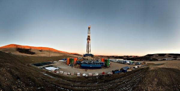 油價週四上漲。(彭博)