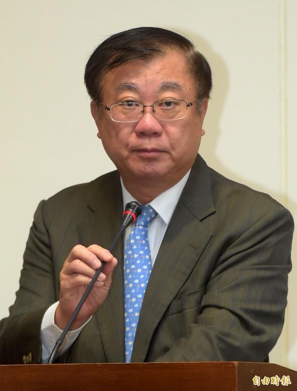 農委會主委陳保基昨日被媒體問道,兩岸ECFA的後續談判中,中國的830項農產品的進口是否有開放空間?陳保基以「還不知道」回應,並說「在WTO架構下沒有人這樣玩,他們也很嘔」。(資料照,記者王敏為攝)