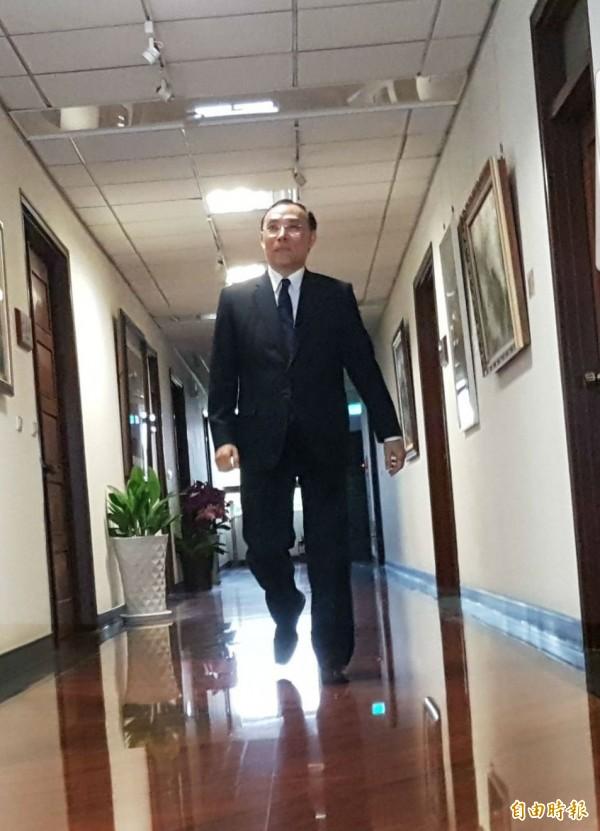 準法務部長蔡清祥現身法務部。(記者謝君臨攝)