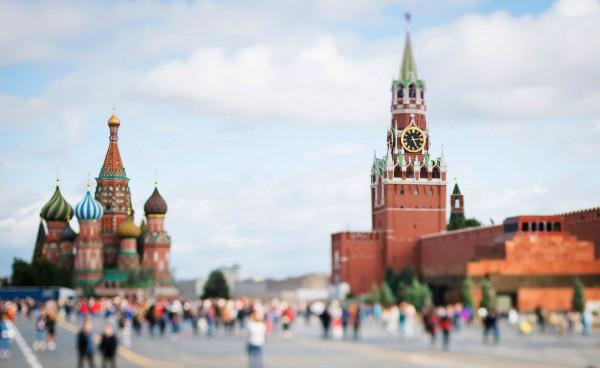 俄羅疵莫斯科傳出有珠寶首飾店只接待中國旅客,商品比原價多了35倍。(法新社)