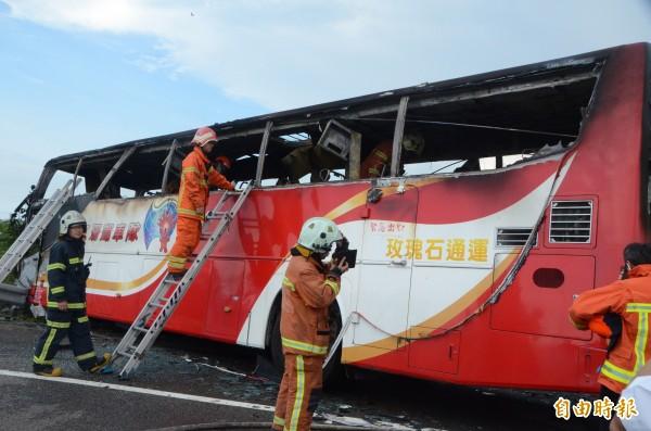2016年7月19日遊覽車火燒車事故,造成26人死亡。(資料照,記者鄭淑婷攝)