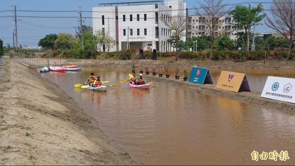 中金院除了積極推動水上休閒課程,也獲准設立高中部國際實驗教育機構。(記者劉婉君攝)