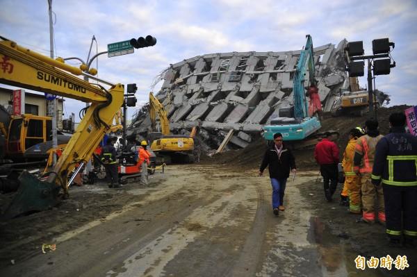 柯文哲表示,台南強震若發生在台北,將造成4000棟建物倒塌,因此市府將推動新專案,將都更程序由3.5年縮減至139天。(資料照,記者王捷攝)