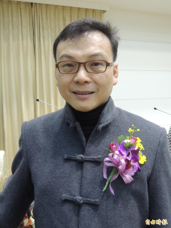 國民黨新竹市黨部進行黨內市長選舉預選民調,24至26日將進行第三次,其中市議員鄭正鈐也是其中之一的人選。(記者洪美秀攝)